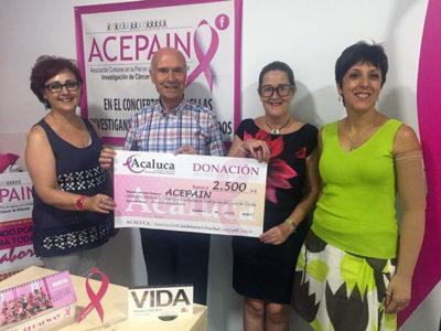 ACALUCA ENTREGA 2500 EUROS PARA LA INVESTIGACIÓN CONTRA EL CÁNCER